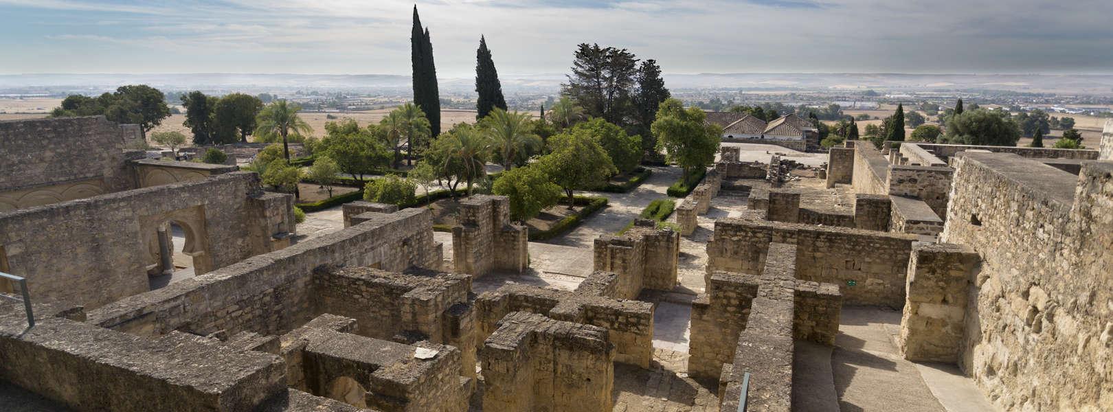 Blick über Medina Azahara in der nähe von Cordoba