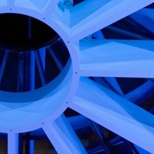 Bild von der Ausstellung aus der Pinakothek der Moderne in München