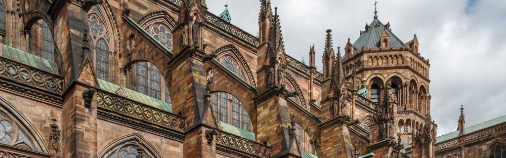 Erleben Sie eine der bekanntesten Sehenswuerdigkeit im Elsass - Straßburger Münster