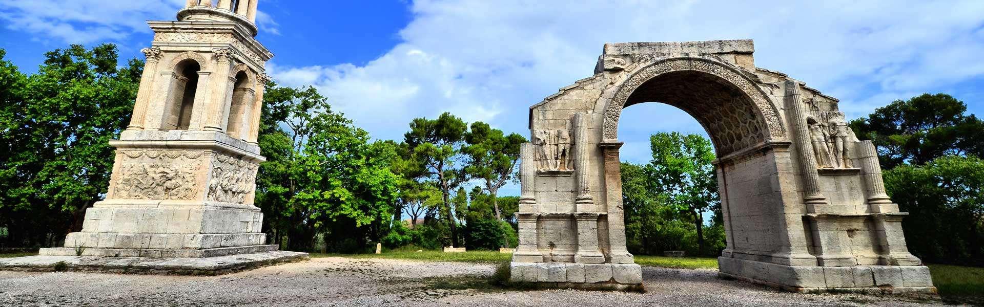 Spannende Geschichte Hannah erleben: Die Ausgrabungen der Stadt Glanum
