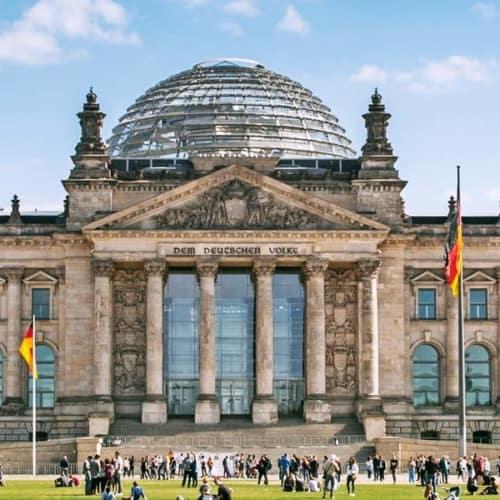 Das Zentrum der Macht in der Hauptstadt Berlin: Das Reichstagsgebäude