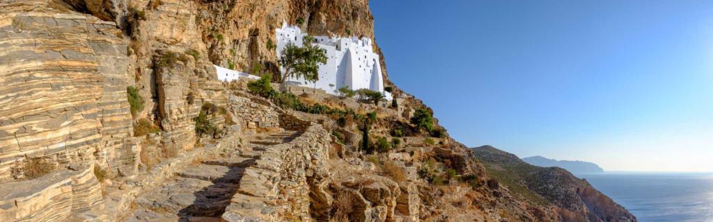 Heilige Stätte, göttliche Landschaft: Das Kloster Chozoviotissa in Griechenland Amorgos
