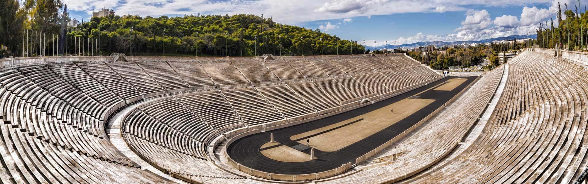 Blick auf das alte Olympiastadion in Athen – nicht nur für Sportbegeisterte ein Highlight