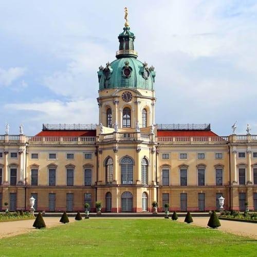 Besuchen Sie das wunderschöne Schloss Charlottenburg in Berlin