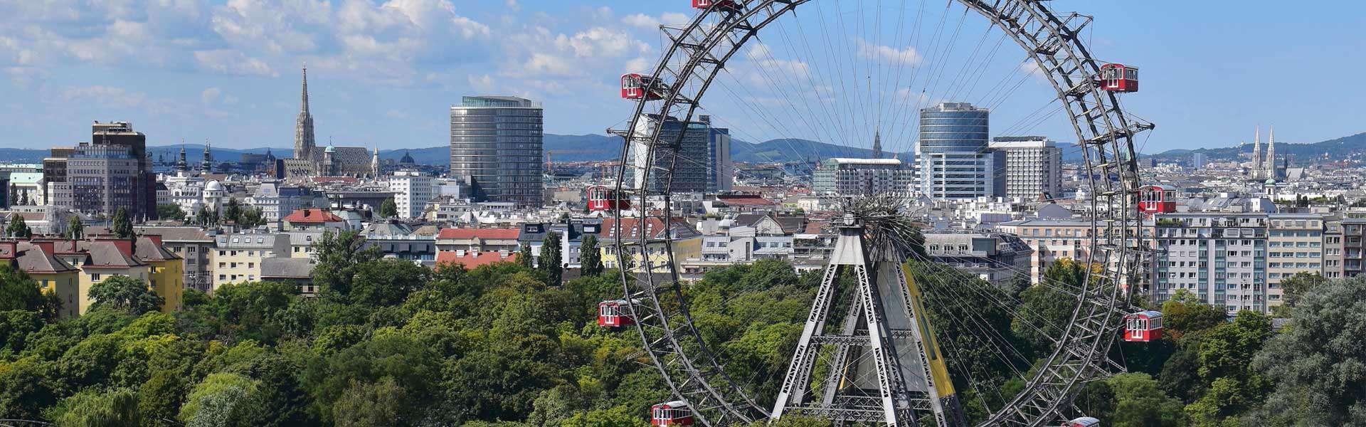 Der im 18. Jahrhundert eröffnete Vergnügungspark Wiener Prater verzeichnet jährlich 3 Millionen Besucher – werden Sie einer davon!