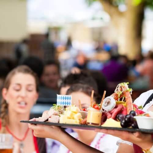 O'zapft is! Feiern Sie feucht-fröhlich auf dem Oktoberfest München