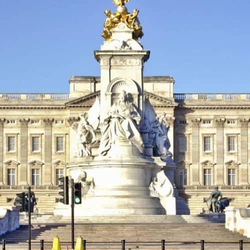 Königliches erleben und staunen: im Buckingham Palace in London
