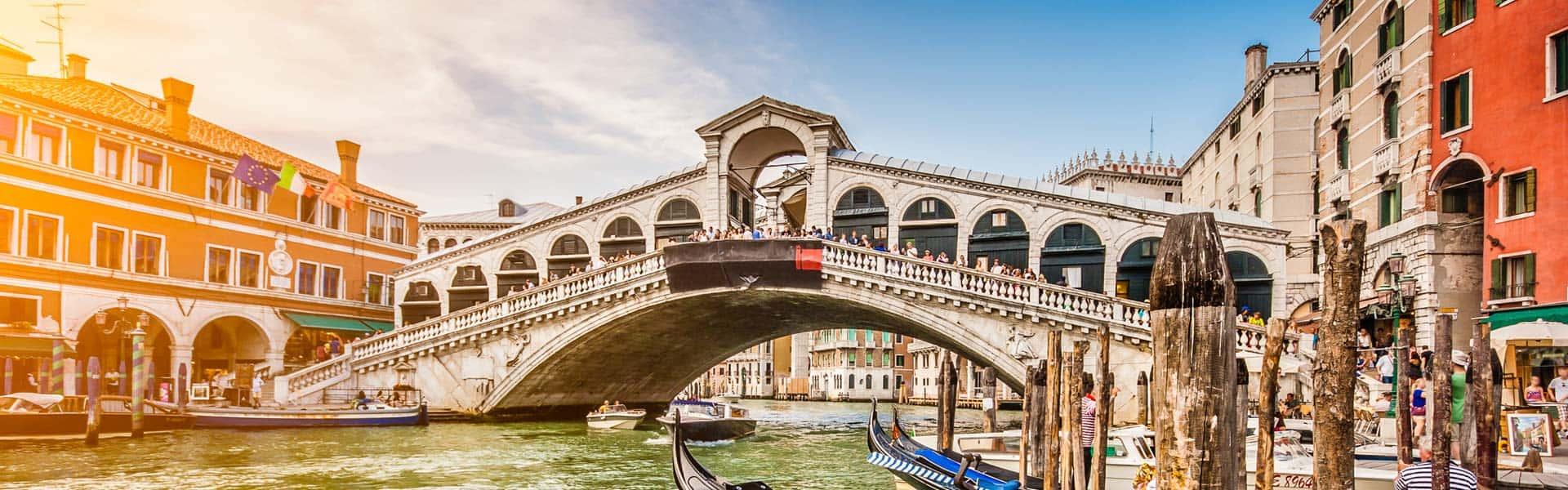 Italienische Geschichte erleben: die Rialtobrücke in Venedig