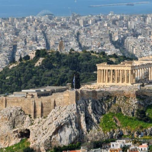 Blick über die Stadt Athen und der Sehenswürdigkeit Akropolis