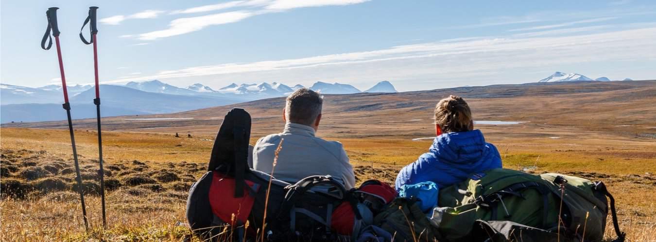 Wandern in Kungeleien in Schweden an einem Frühlingstag