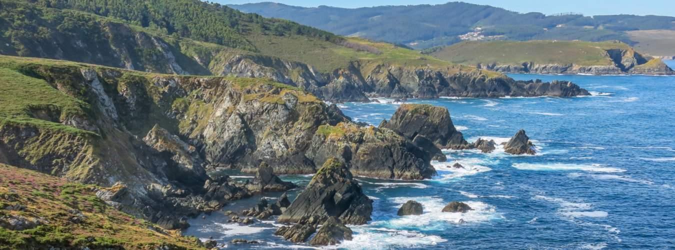 Blick auf die Klippen und Meer in Cedeira /Galicien