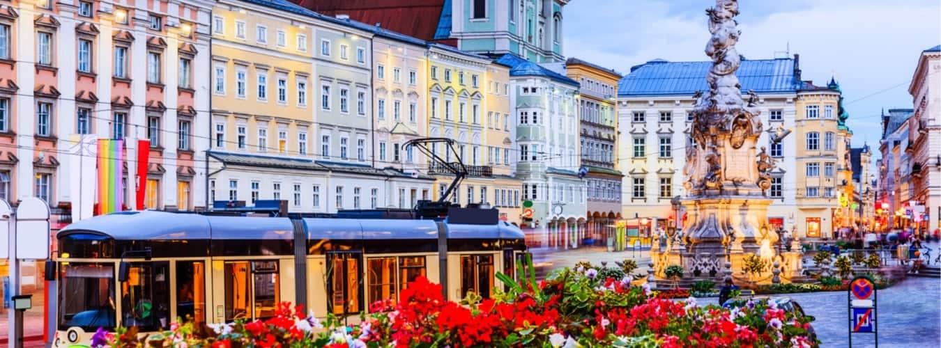 Blick auf den Hauptplatz in Linz - Sehenswürdigkeiten Österreich