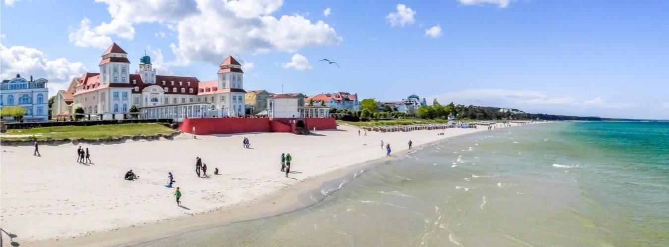 Ostseeinseln in Deutschland Blick auf den Strand Rügen Binz